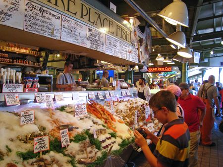 Experience economy trendyd 39 s blog for Pike place fish market video